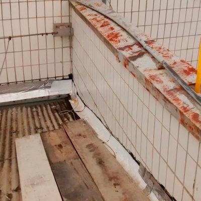 AVON - Impermeabilização de Calhas e Troca de Rufos - Antes